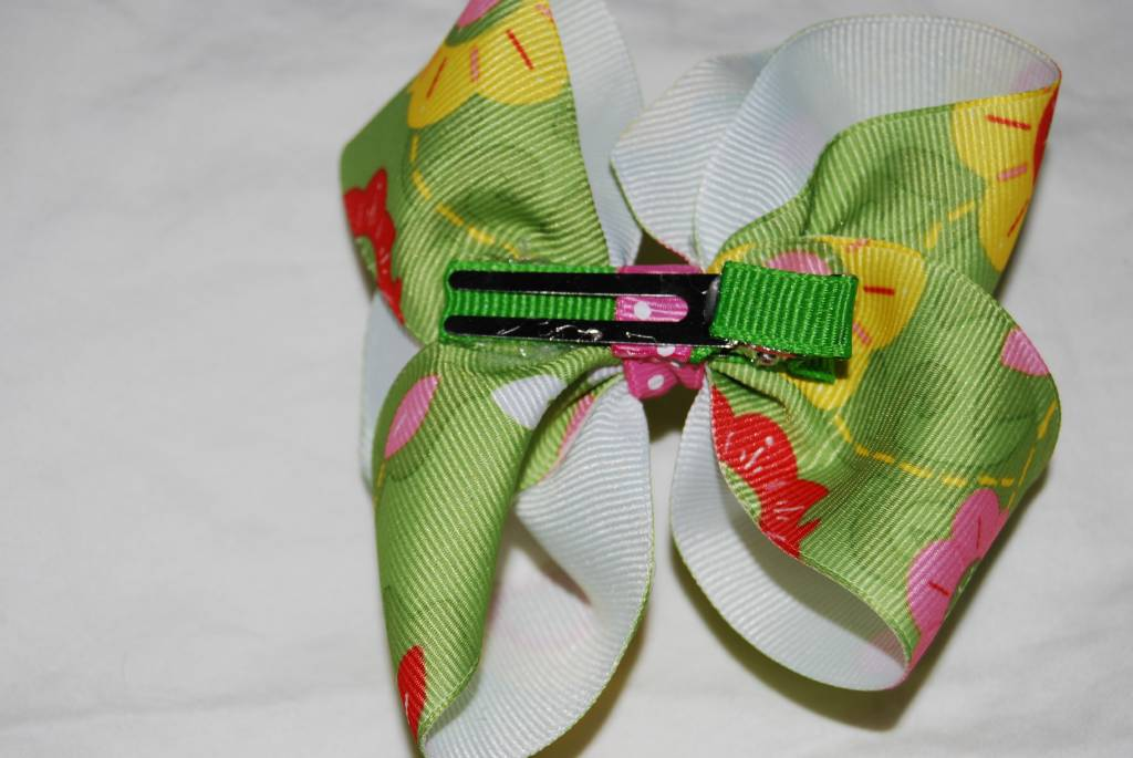 Funky Green Flowers Boutique Bow - Click Image to Close